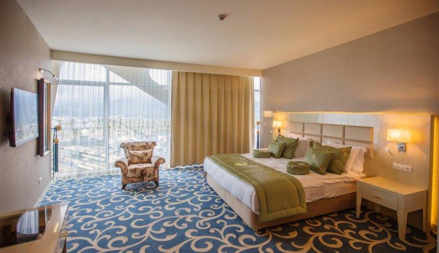 leogrand hotel casino batumi 5 батуми